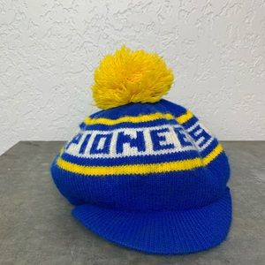 Vintage beanie Pioneers blue yellow with Bill